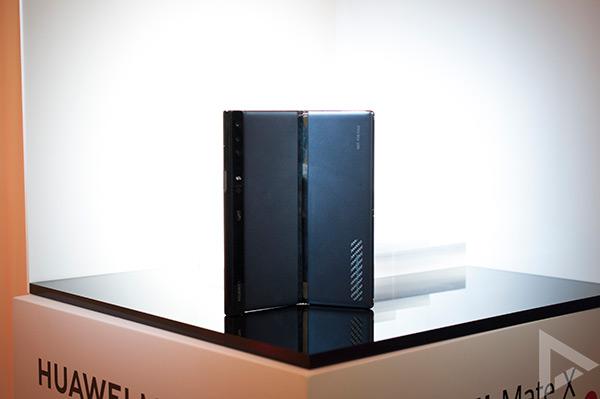 Huawei Mate X achterkant