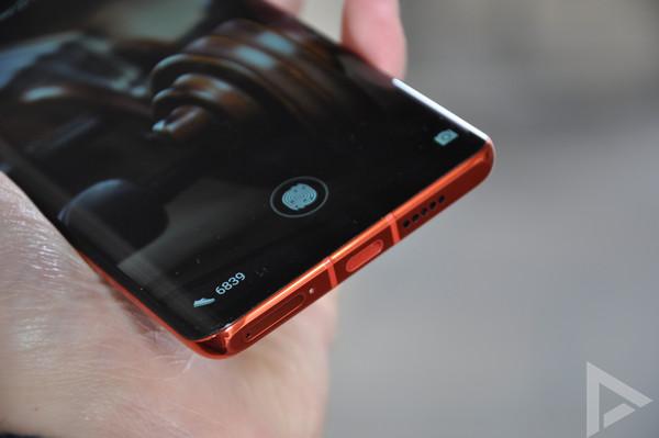 Huawei P30 Pro onderkant