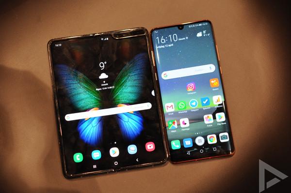 Samsung Galaxy Fold - Huawei p30 pro