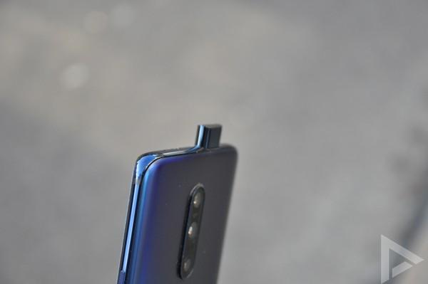 OnePlus 7 Pro design