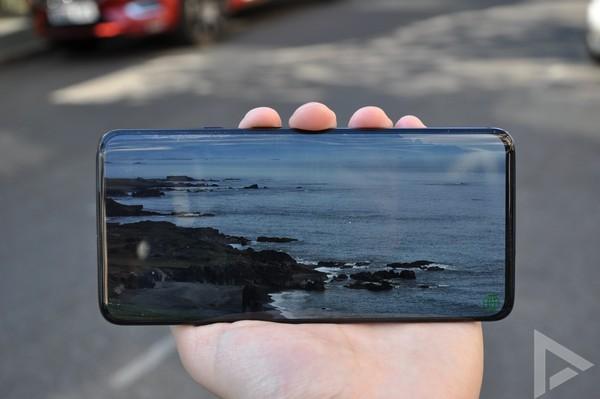 OnePlus 7 Pro scherm
