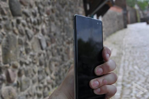 Samsung Galaxy S10+ linkerkant