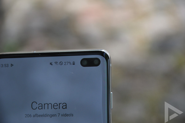 Samsung Galaxy S10+ punch hole