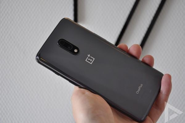 OnePlus 7 achterkant