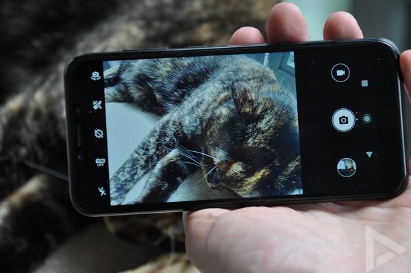 Alcatel 1S camera