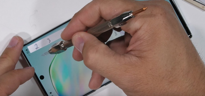 Samsung Galaxy Note 10 gemarteld in duurzaamheidstest en teardown