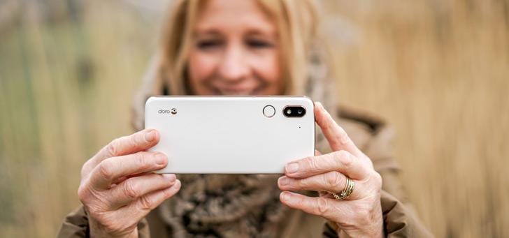 Doro 8080 aangekondigd: eersteklas Android-smartphone voor senioren