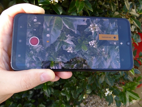 Motorola One Zoom videocamera