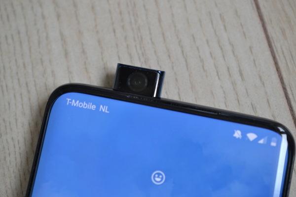 OnePlus 7T Pro pop-up camera