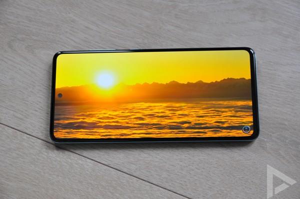Samsung Galaxy A51 video
