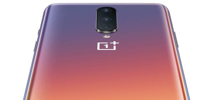 OnePlus 8 lekt uit in alle (zeer opvallende) kleuren