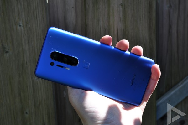 OnePlus 8 Pro achterkant