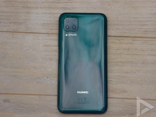 Huawei P40 Lite achterkant