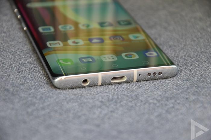 LG Velvet USB
