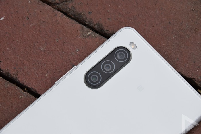Sony Xperia 10 II camera