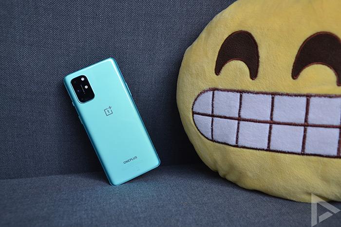OnePlus 8T achterkant