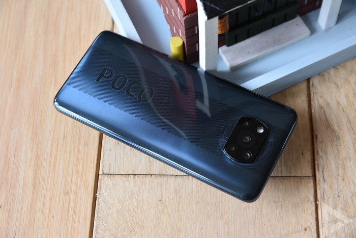 Poco X3 NFC achterkant