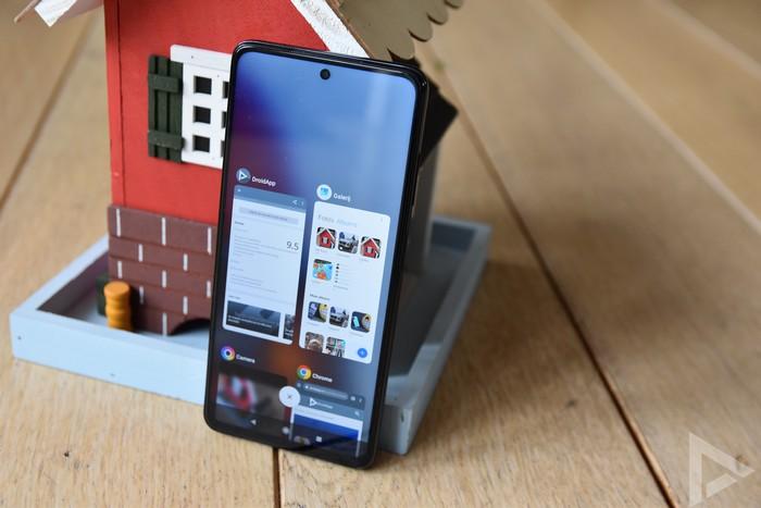 Poco X3 NFC multitasking