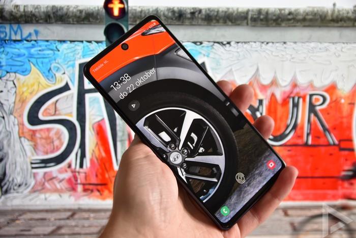 Samsung Galaxy S20 FE lockscreen