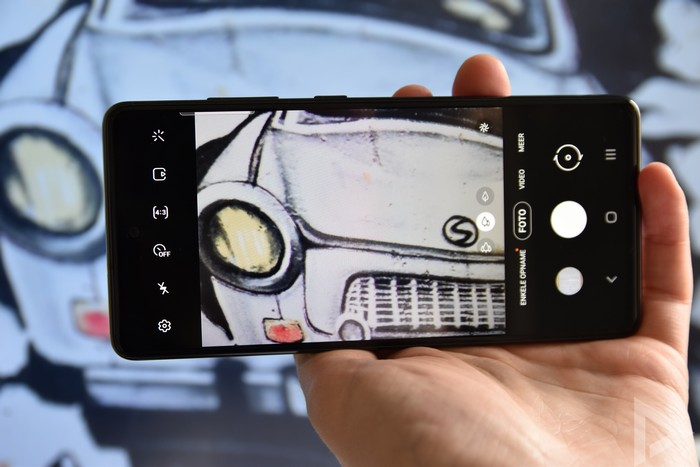 Samsung Galaxy S20 FE camera