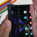 Samsung Galaxy Z Fold 2 onderworpen aan duurzaamheidstest: kwetsbaar of niet?