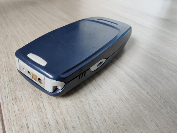Nokia 3310 achterkant