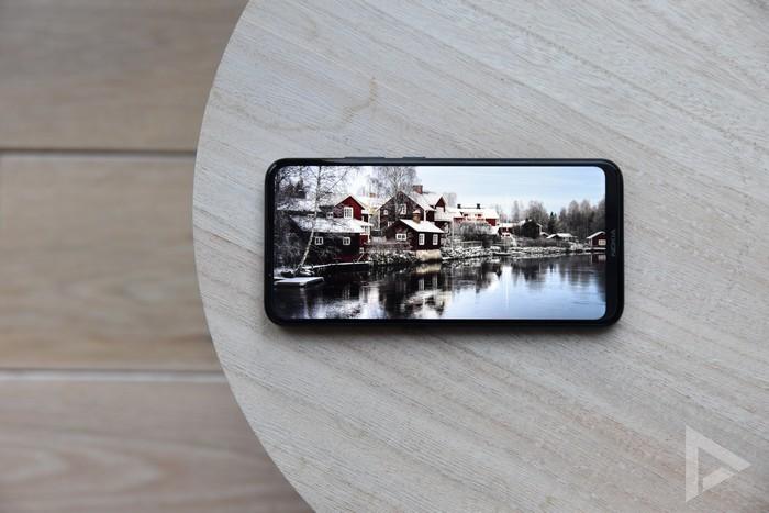 Nokia 5.4 display