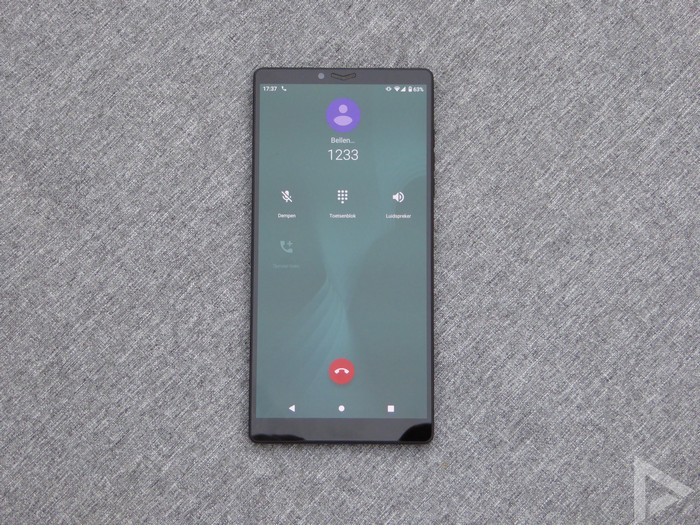 Carbon 1 MK II telefoon