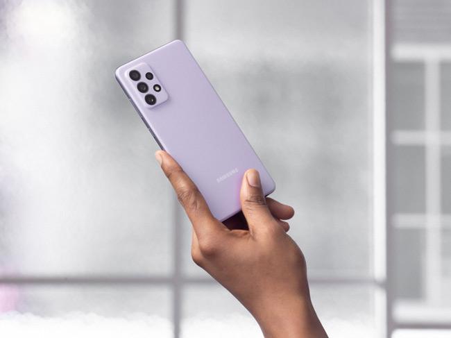 Samsung Galaxy A72 violet
