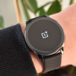 OnePlus Watch review: mooie smartwatch slaat plank mis