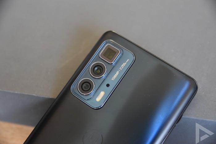 Motorola Edge 20 Pro camera